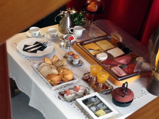 breakfast 1st line apartment Lanzarote