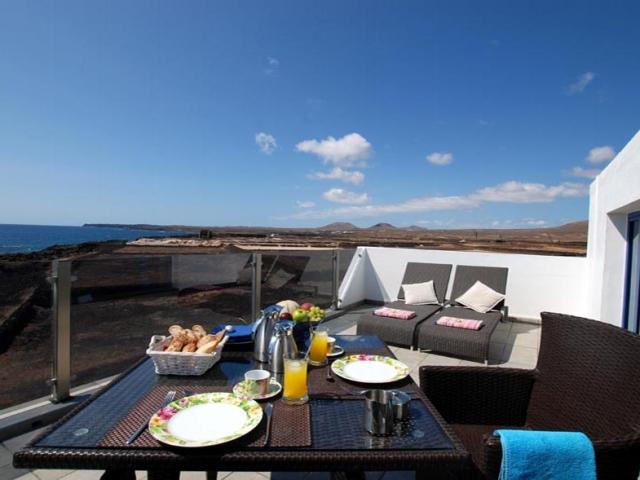 1st line apartment Lanzarote